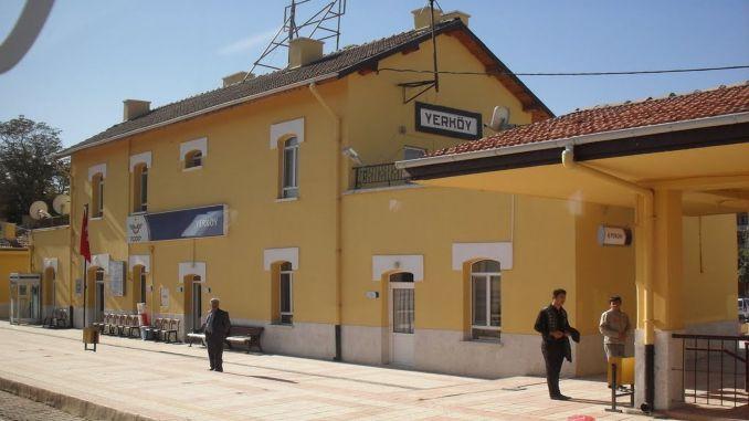 رئيس محطة yerkoy إصلاح صيانة الإضاءة الميدانية