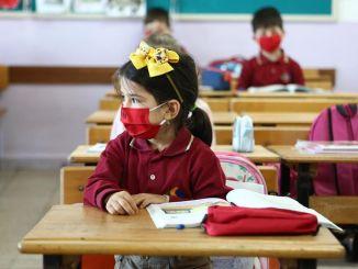 أجاب ضياء سلجوق على سؤال حول موعد افتتاح المدارس