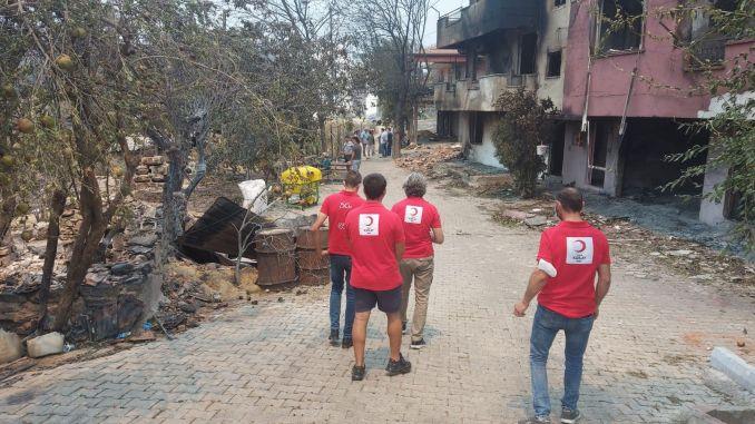 תמיכה בסהר האדום למי שנפגע בשריפות היער באנטליה
