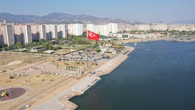 قام الرئيس سويير بفحص مشروع مافي شهير لإعادة تأهيل الساحل