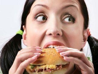 Важно есть, переваривая пищу.