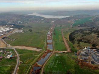 Планы зонирования гигантской земли на маршруте канала стамбул были отменены
