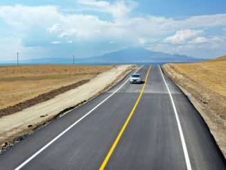 mollakasim ayanis road is dazzling