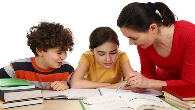 Families should approach with empathy in adapting to school