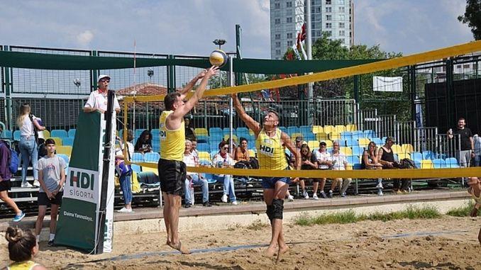 beach volleyball tournament starts kadikoy stage
