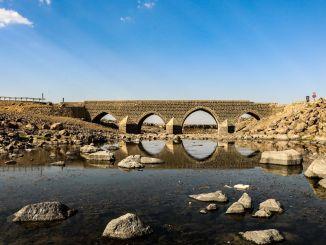 正在建造一座新桥来保护历史悠久的迪拉弗桥。