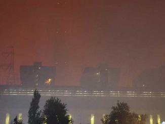 Bei der Verbrennung des Wärmekraftwerks können tödliche Gase entstehen.