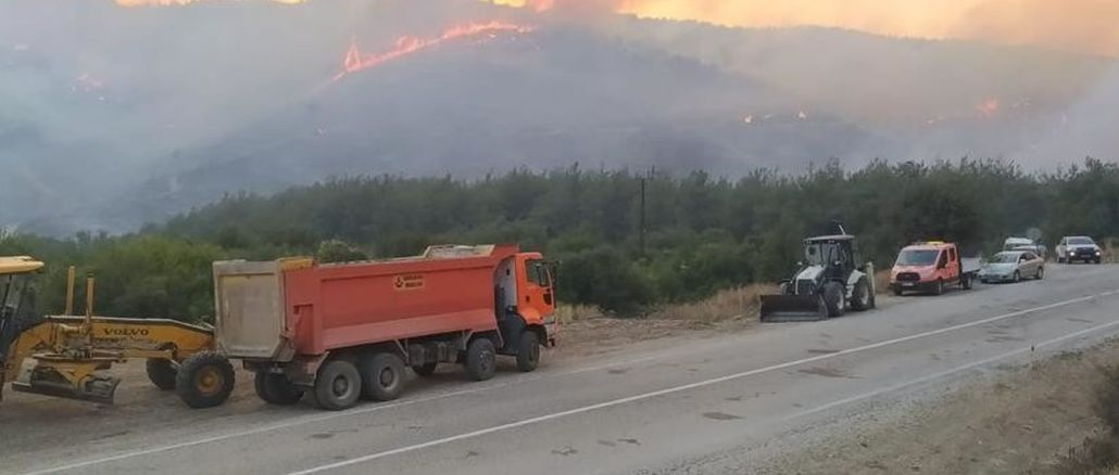 The Ministry of Transport and Infrastructure intervenes in the fire with all its means.