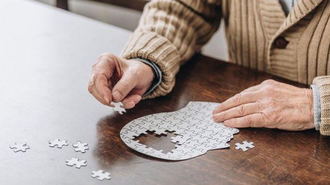 Mentalne aktivnosti smanjuju rizik od Alzheimerove bolesti