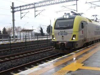 เริ่มให้บริการรถไฟสายเกาะที่จะให้บริการที่สถานีระหว่างอะดาปาซารีและเพนดิกแล้ว
