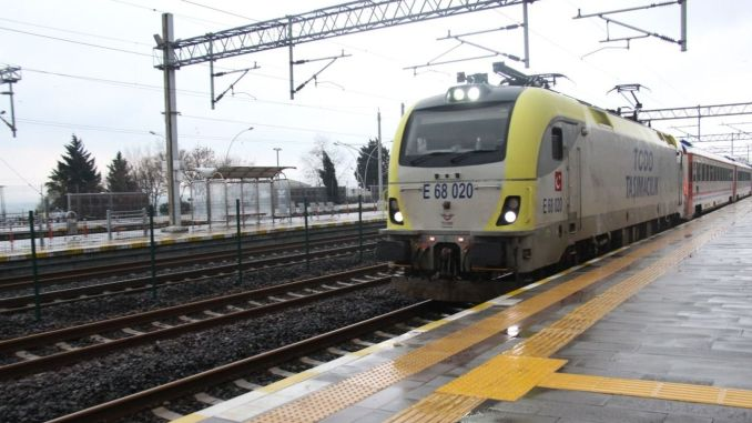 Island train services that will serve at the station between adapazari and pendik have started