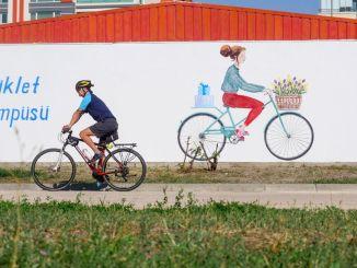 राजधानी के साइकिल प्रेमियों की ओर से साइकिल परिसर को पूरे अंक