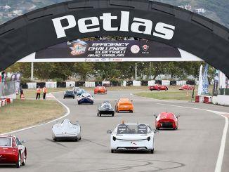 carreras finales de vehículos eléctricos fueron testigos de imágenes emocionantes