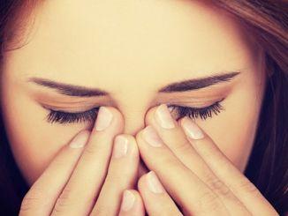 Dacă ai o expresie tristă și obosită în ochi, fii atent.
