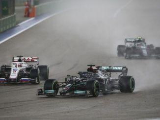 Hamilton a câștigat victoria
