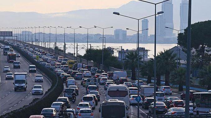 Broj vozila registrovanih za saobraćaj u Izmiru dostigao je milion hiljada u avgustu