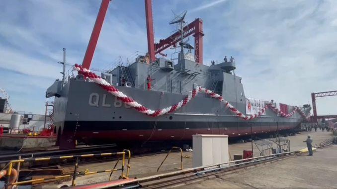Lansate nave de debarcare construite pentru Qatar