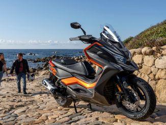 kymconov novi maxi skuter je bil predstavljen na avtomobilskem salonu dt x