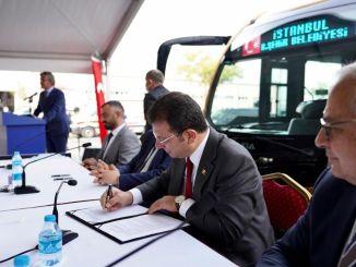 Потписани су потписи за нови метро аутобус Отокар у великом граду Истанбулу