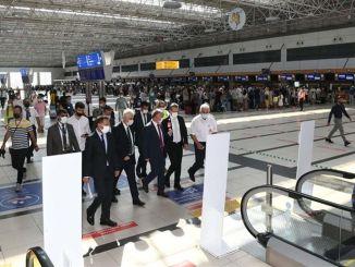 guvernatorul Yazici a inspectat terminalul internațional al aeroportului din Antalya
