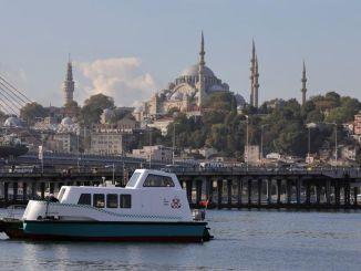 Yerli və milli dəniz taksisi suya endi, ilk müştərisi imamoğlu oldu
