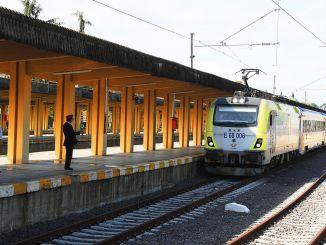 Der Adapazari-Zug hielt am Pier an