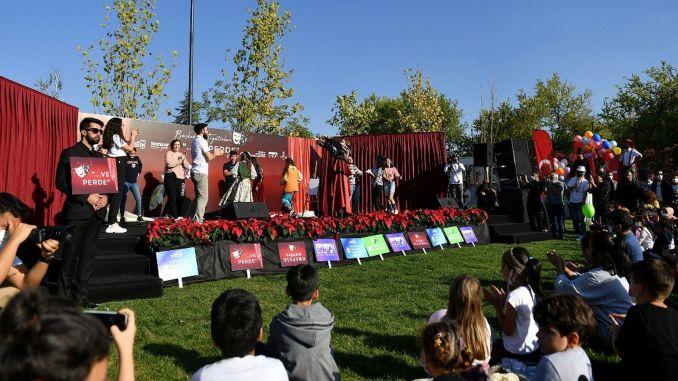 Ankara Theater sagte Vorhang für die neue Saison