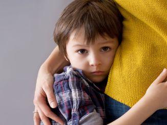 Neuvoja lasten äidiriippuvuutta vastaan