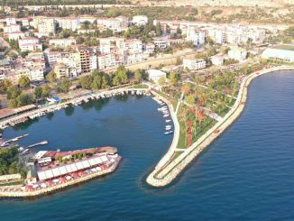 Easy and comfortable access to the hereke beach