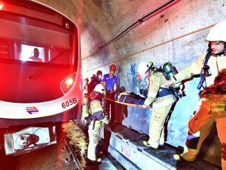 La vraie opération de sauvetage dans le métro d'Izmir