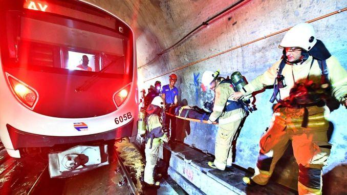 عملية الإنقاذ الحقيقية في مترو أزمير