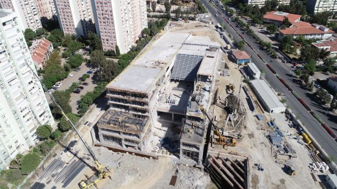 Percent of izmir opera house has been completed