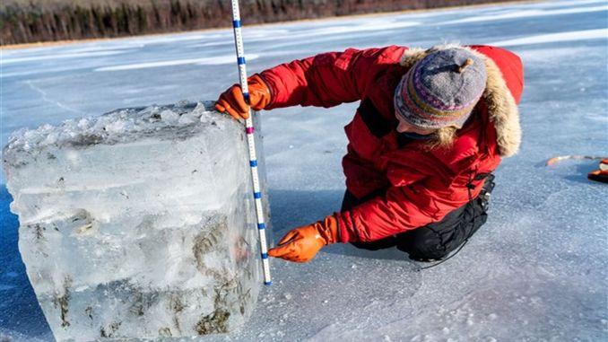 полностью плавится к полярному году
