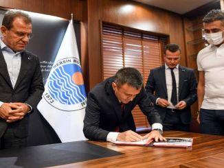 تم التوقيع على التوقيعات في مشروع مترو مرسين