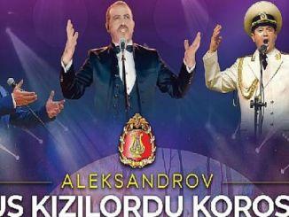 Russischer Chor der Roten Armee Alexandrov und Haluk Levent auf der Bühne für Manavgat