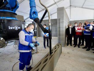 Besuchte das erste Gebäude in der Türkei mit Imamoglu D Yazici