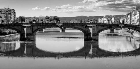 Ponte alla Carraia, Florence, Italy