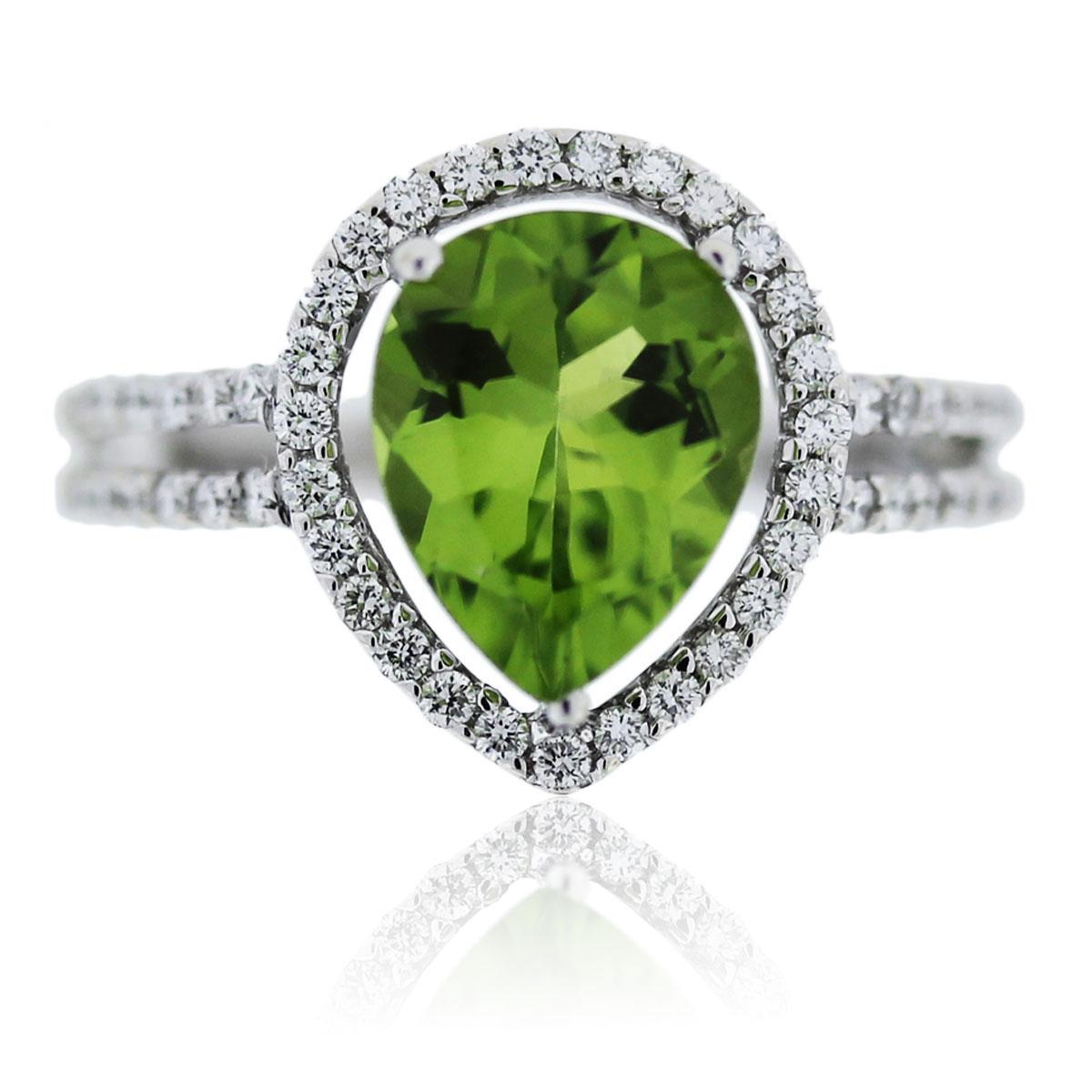 14K White Gold Diamond and Peridot Ring