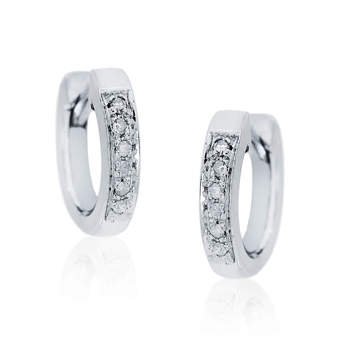 14K White Gold .06ctw Diamond Huggie Earrings
