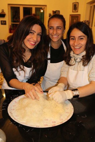Making Knafeh Kunafa kanafeh