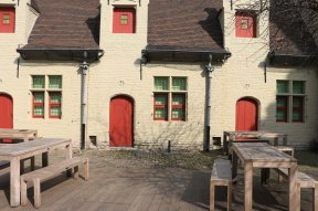 red doors, ghent