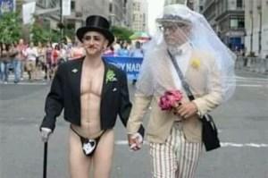 FB IMG 15370507007366051 300x199 - Referendumul aparţine unor habotnici şi este homofob