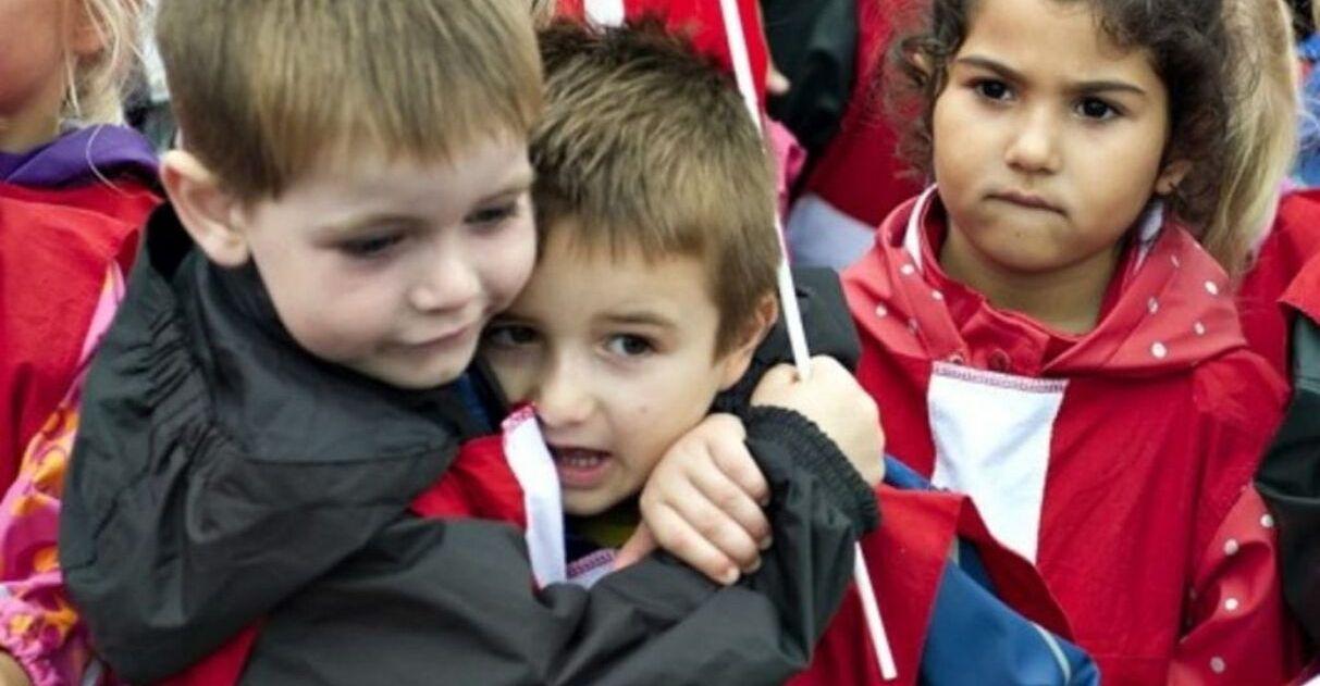 Escolas da Dinamarca ensinam empatia para crianças: desestímulo à competição