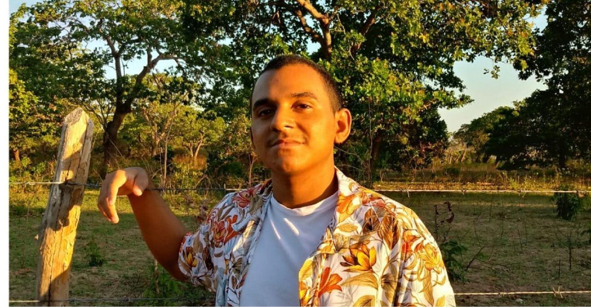 Jovem cearense que viajava 53 km todos os dias para estudar é aprovado em Medicina