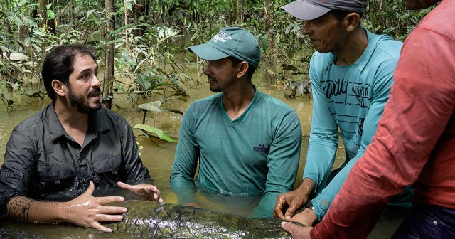 biologo brasileiro recebe premio 'Herois do meio ambiente'