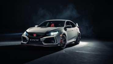 Pilot de raliu cu Honda Civic Type-R