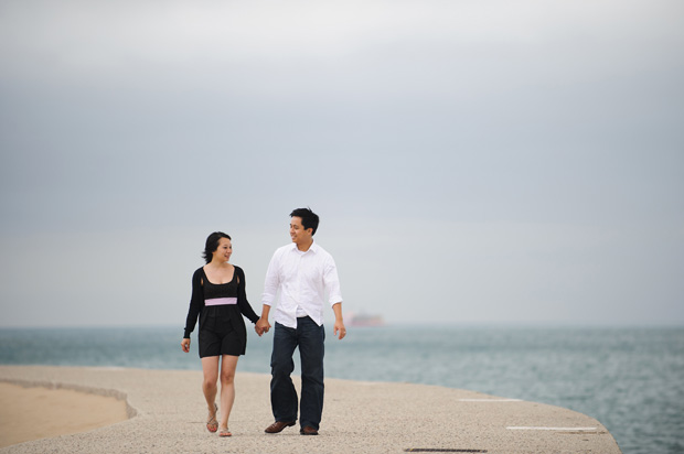 engagement session on the lincoln park beach chicago