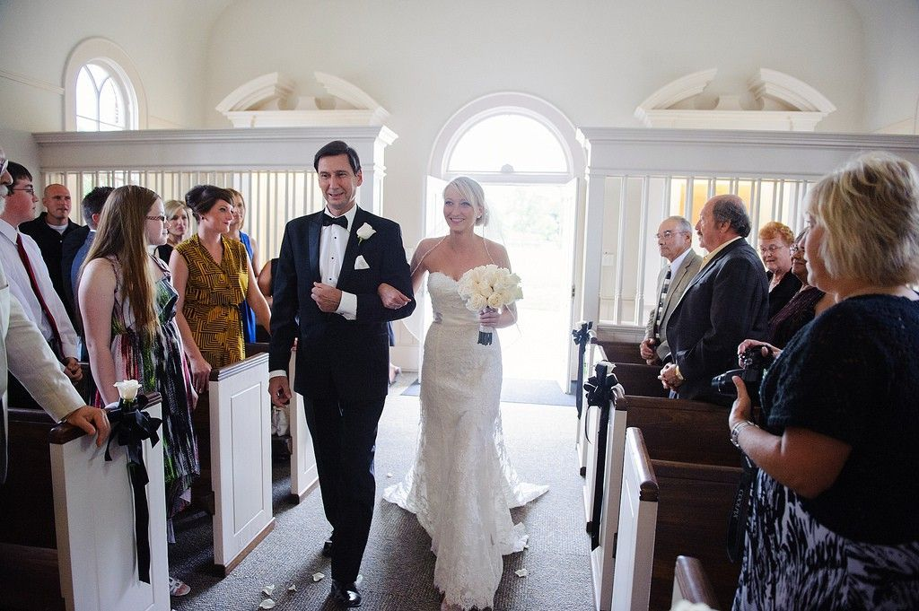 IMU Iowa city Danforth Chapel wedding photo