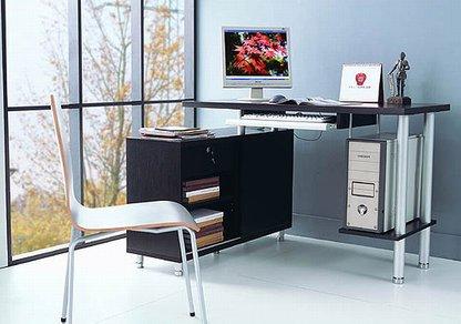 Компьютерный стол для дома 2