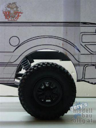 Ford F-150 - Grobe Positionierung & Kontrolle der Bauteile nach Radstandverlängerung